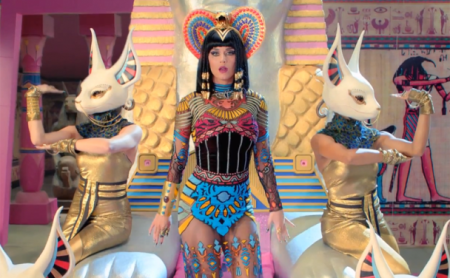 katy-perry-that-grape-juice-dark-horse